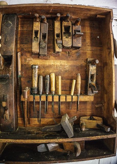 Hand tools - chisels and planes